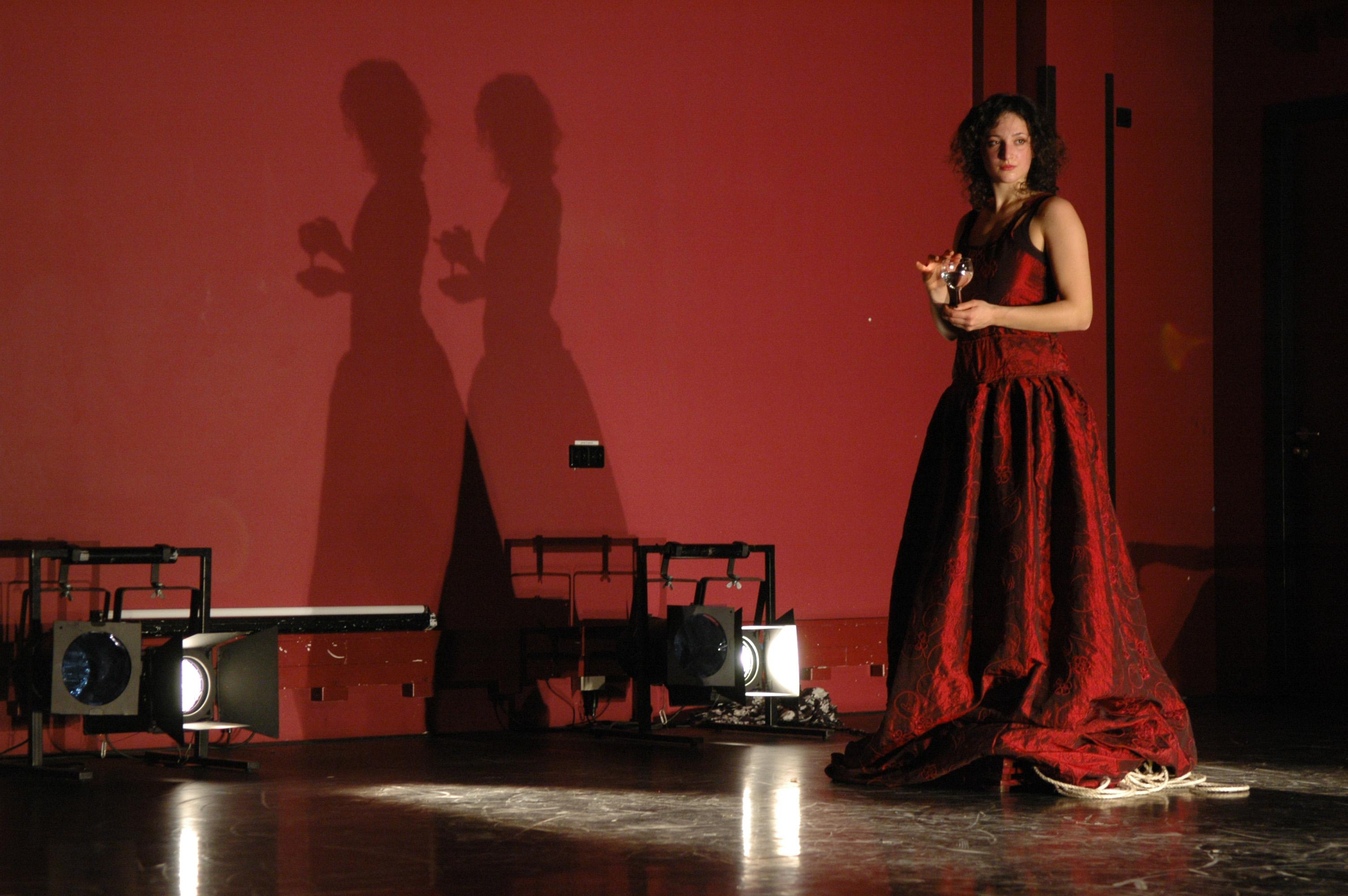 valeria bergamini danza contemporanea bologna spaziobologna corsi lezioni